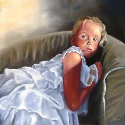 Maelle en robe blanche